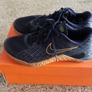 Nike Metcon 3 Black x Gold, Men's size 7